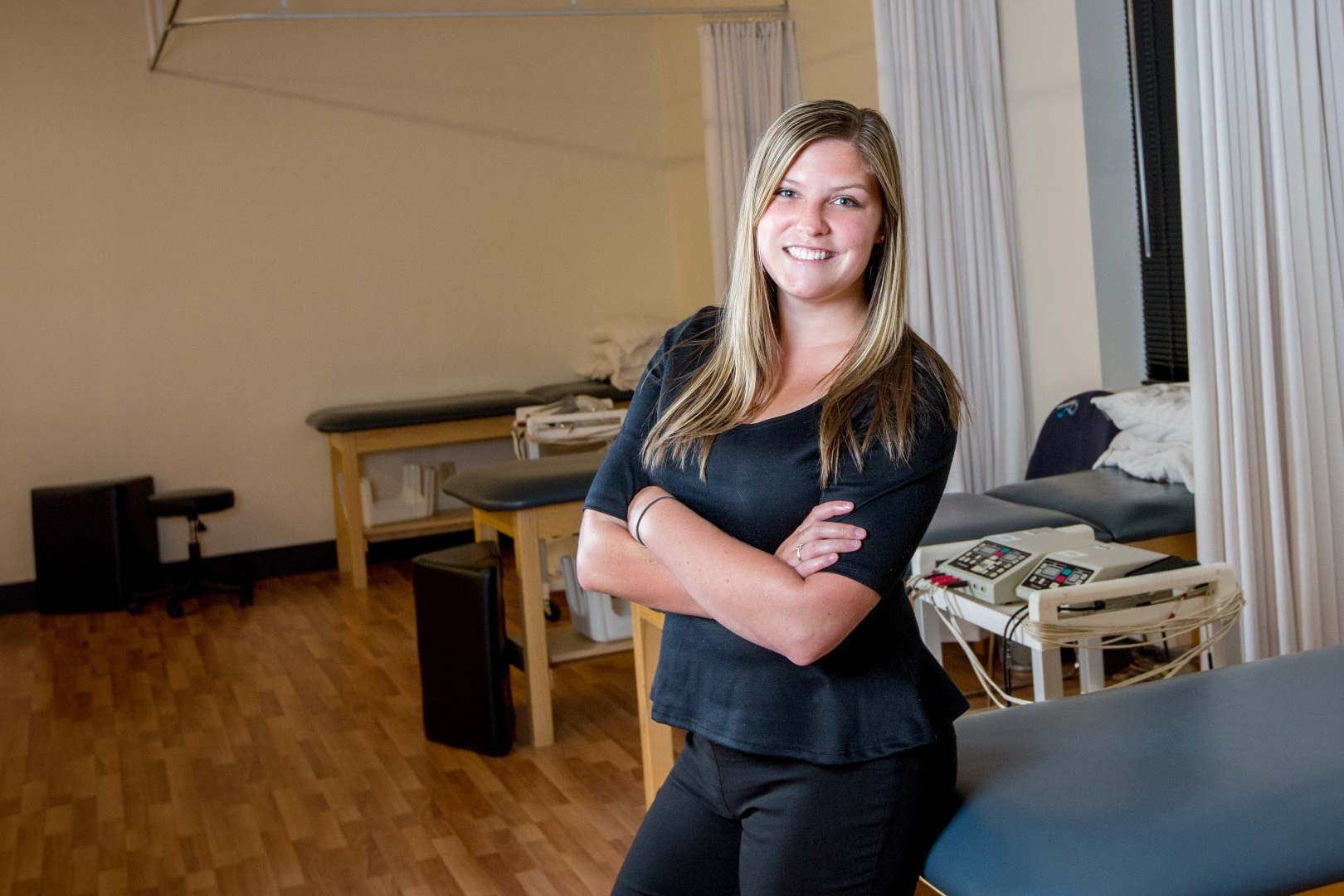 Chauntelle Melong – Physiotherapist